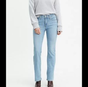 Levi's Shaping Bootcut Jeans